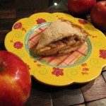 Sweet Juicy Homemade Apple Pie is Perfect for Apple Picking Time!