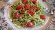 Zucchini Spaghetti with Olive Oil, Garlic, and Fresh Tomatoes
