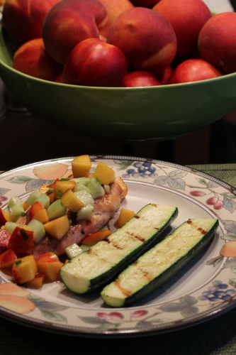... .com/2014/08/29/peach-cucumber-salsa-grilled-chicken