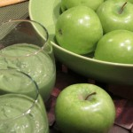 Thick Green Smoothie Magic with Almonds