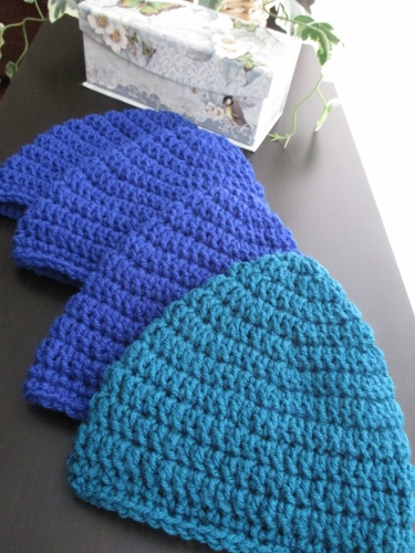 Crochet Patterns Hats For Cancer Patients : Crocheting Caps for Cancer Patients with Love